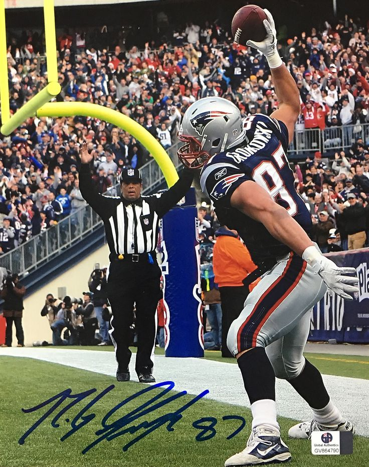 Rob Gronkowski Gronk New England Patriots Signed 8x10 Photo