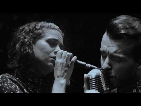 Cem Adrian & Melis Danişmend - Yalnızlık - YouTube