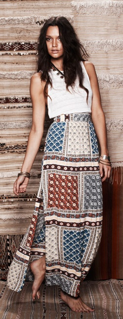 I love this maxi skirt!! <3 <3 By Rayda Trieb