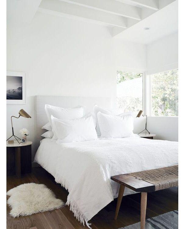 les 25 meilleures id es de la cat gorie bout de lit sur. Black Bedroom Furniture Sets. Home Design Ideas