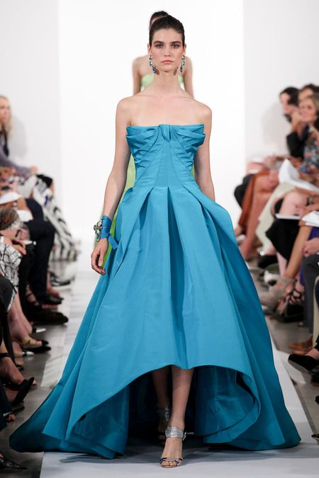 New York Fashion Week Spring 2014 RTW: Oscar De La Renta | I Should Have Been A Blogger   Note: interesting bodice.