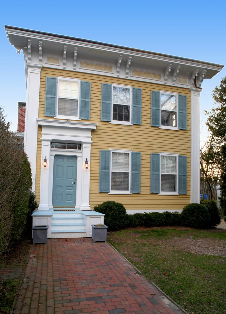Historical renovation sag harbor federal style home tom for Federal style homes