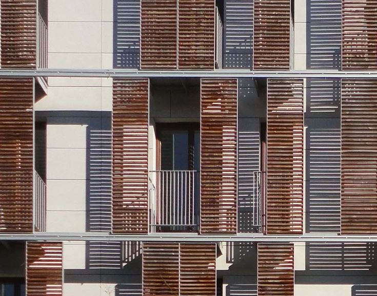 how to make outdoor louvered shutters