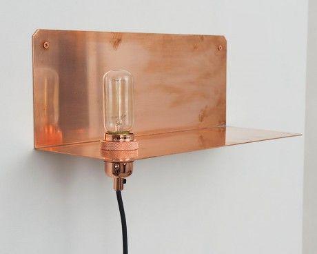 Kupfer & Messing-Wandleuchte aus der 90° Kollektion von Frama Studio... via Designchen