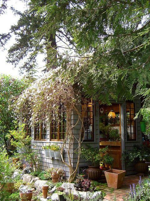 ma cabane au jardin garden housesgarden shedsgarden