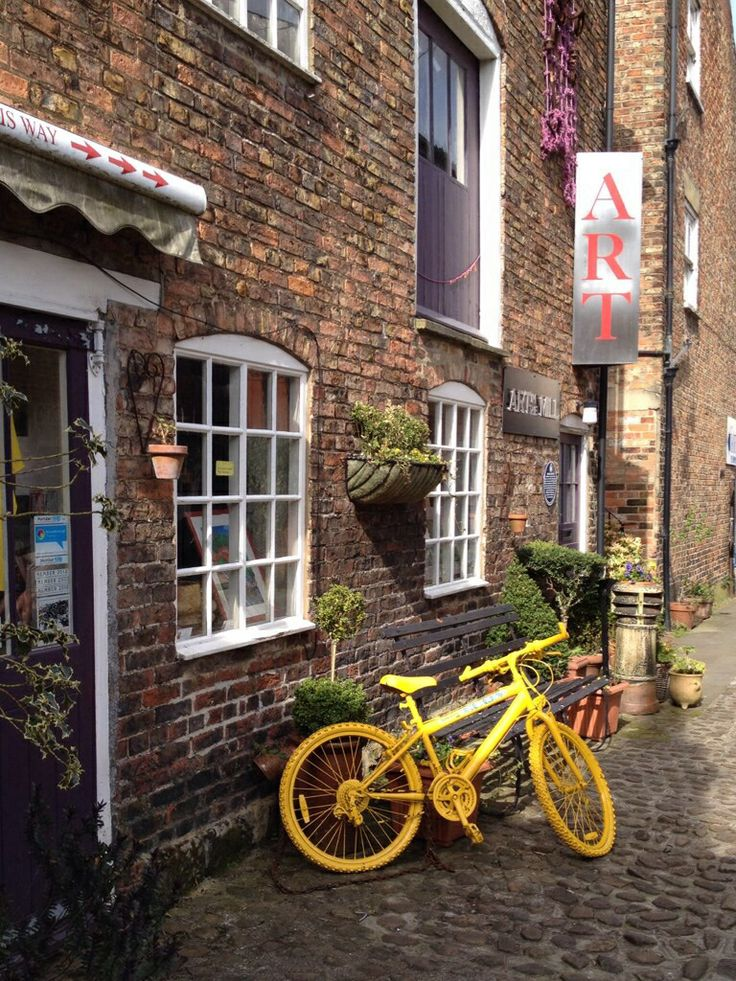 Tour de France 2014 - yellow bike trail in Knaresborough. There are yellow bikes EVERYWHERE along the TDF route.  If you don't mind riding a mechanical buttercup, there'll be a lot of bikes going begging after the TDF passes through.