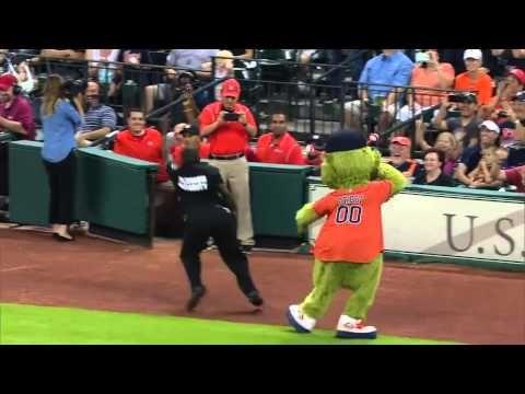 Orbit, Houston Astro's mascot clash a security guard... - YouTube