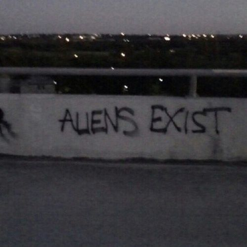 aliens, b&amp,w, grunge, trippy, tumblr - image #2381055 by ...