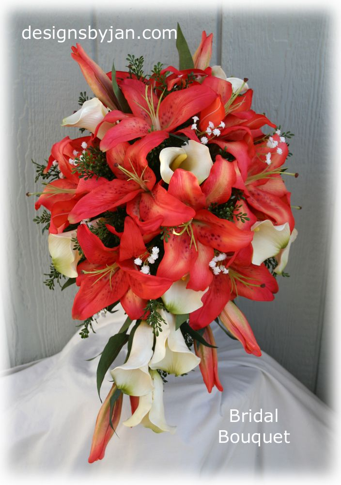 Potential bridal bouquet for me? Red tiger and white calla lilies... SO AMAZING!