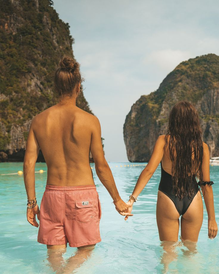 #mayabay # phiphi #thailand #boyfriend #relationship #goals #cute #girlfriend #happy #couples #kiss #beautiful #love #parejas #relationshipgoals #relationshipsgoals #dream #dreamlife #couple #couplegoals #gratitude #travel #travelblogger #travelcouple #travelblog #traveltips #beach #beachlife #islandlife #island