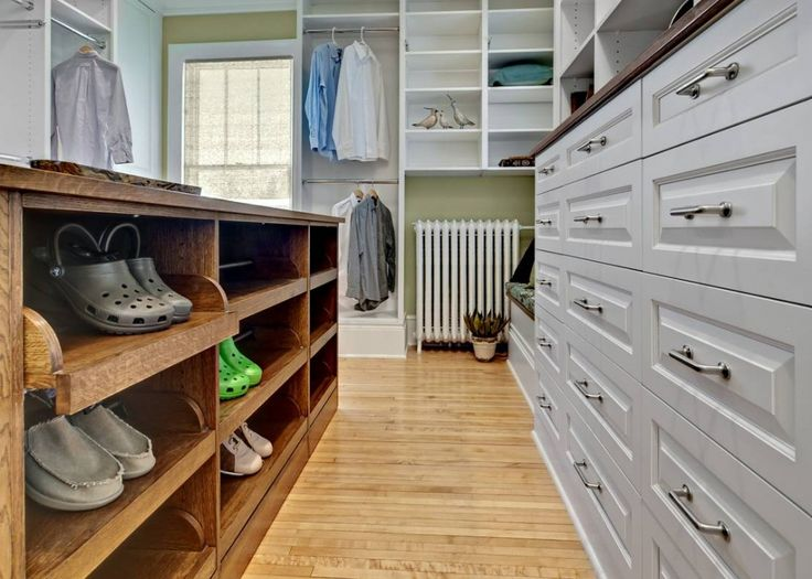 Closets: ASID Dressing Room Drawers In Minneapolis, MN