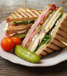¿Tu familia está un poco cansada de comer los mismos sándwiches de siempre? ¡No te preocupes! Aquí te damos algunas deliciosas ideas para que varíes el menú