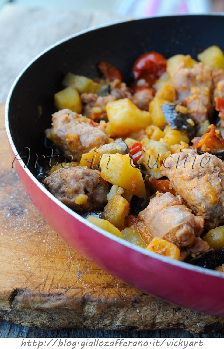 Melanzane con patate e salsiccia in padella ricetta facile vickyart arte in cucina
