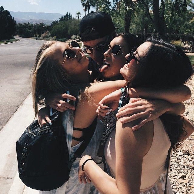 Do u love it >>> Jenn, Jack, Lauren, and Rebecca