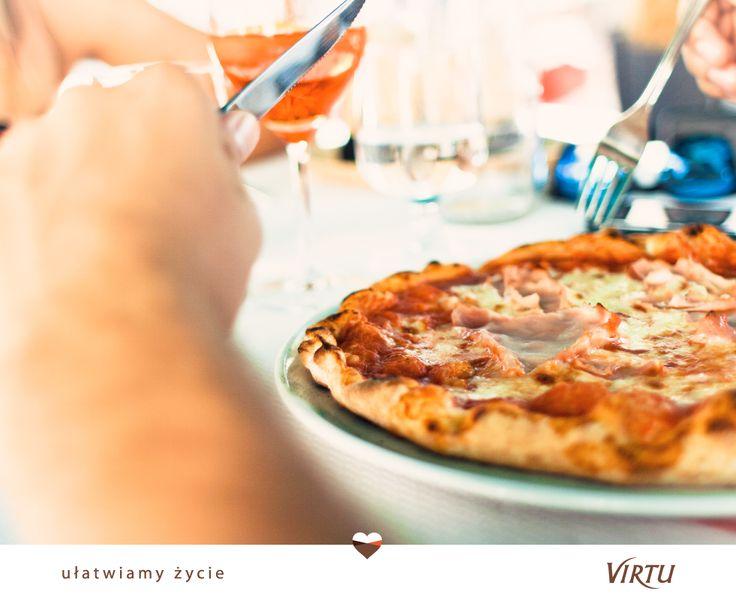 Pizza z szynką od #Virtu - idealna na imprezę. <3