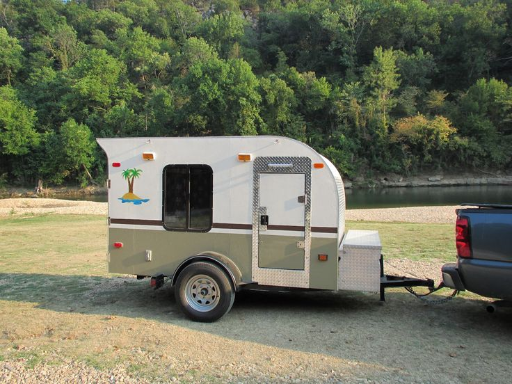57 best small travel trailers images on pinterest small pop up campers small travel trailers. Black Bedroom Furniture Sets. Home Design Ideas