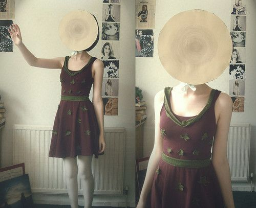 neutral milk hotel album costume.  AH I CALL IT THIS IS WHAT IM GOING TO BE FOR HALLOWEEN NEXT YEAR IM STARTING MY COSTUME