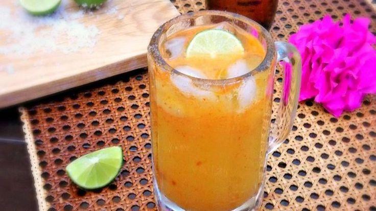 La michelada es una bebida tipo coctel muy refrescante que se prepara con cerveza.  La base de toda buena michelada también incluye sal, limón, y una salsa picante. Una de mis salsas favoritas cuando preparo mis micheladas es la salsa de chamoy, que es una salsa picosita con toques dulces ya que esta hecha con frutas como tamarindo y/o chabacano. La salsa de chamoy no solo le agrega mucho sabor a las micheladas, pero también a botanas como un plato de fruta picada.  Para mi una de las…