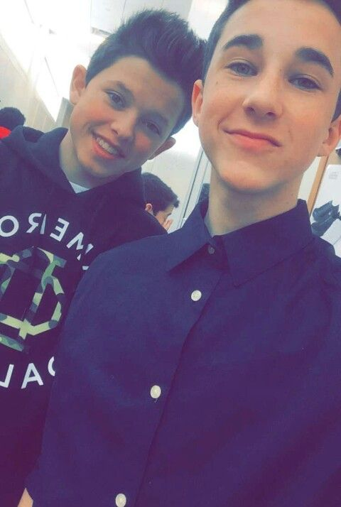 Hunter Rowland and Jacob Sartorius at Magcon Philly!