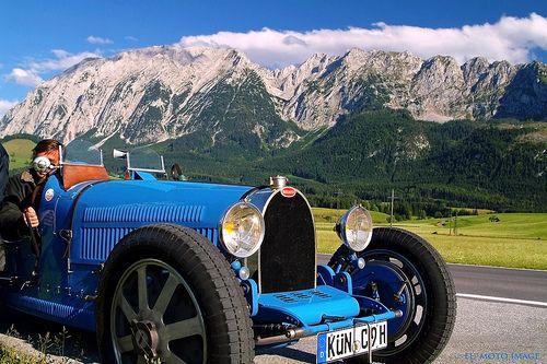 1000 images about cars bugatti on pinterest ralph lauren grand prix and bugatti royale. Black Bedroom Furniture Sets. Home Design Ideas