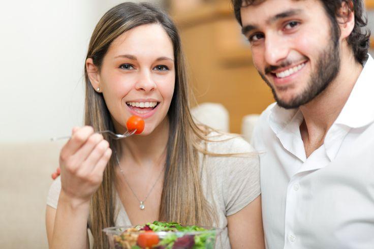 L'alimentazione salutare può garantire all'uomo una vita sessuale appagante.