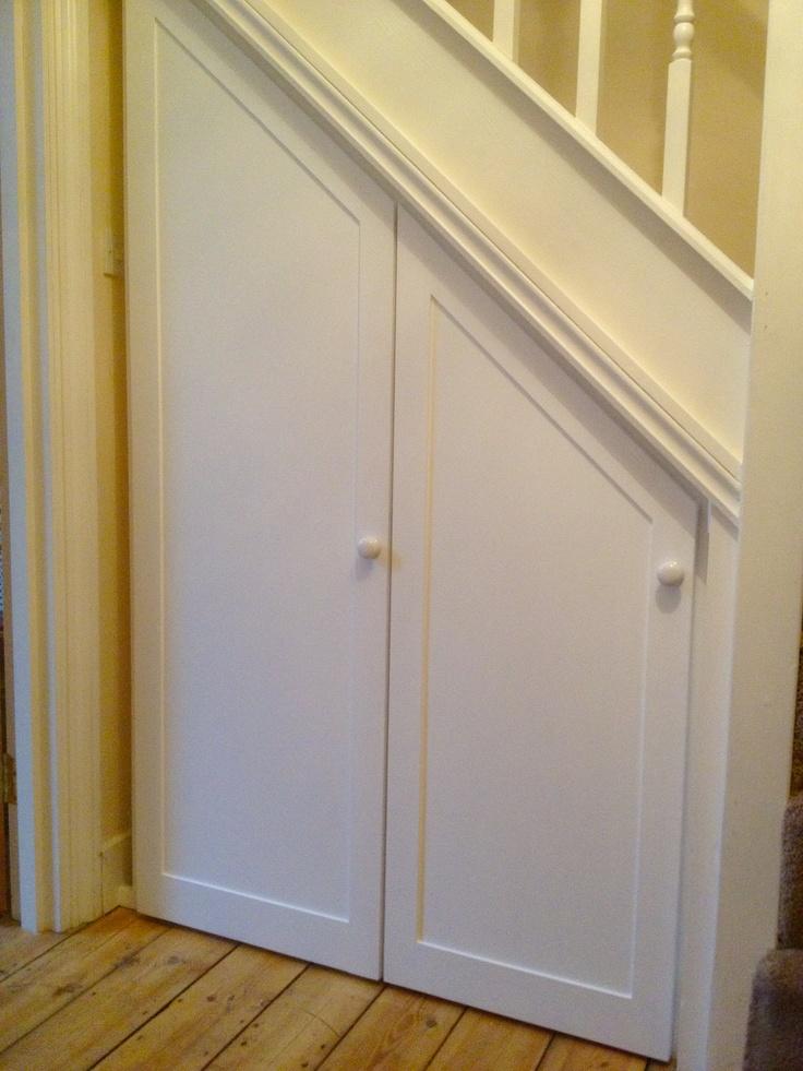 understair storage panel doors www.fittedbespokefurniture.co.uk