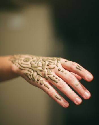 Homemade Henna Ink http://www.education.com/activity/article/henna-ink/
