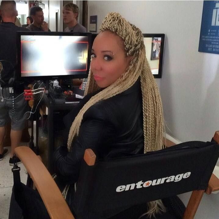 Tiny Is Gearing Up For Her New Movie 'ENTOURAGE'- http://getmybuzzup.com/wp-content/uploads/2014/03/262041-thumb.jpg- http://getmybuzzup.com/tiny-gearing-new-movie-entourage/- By FAMEOLOUS Tameka Harris is not letting the recent hate from her fans stop her, the VH1 star is gearing up for her new movie! Tracthertrailher.com reports: The former member of Xscape an all girls R&B group, turned Pretty Hustle has landed a cameo appearance in an upcoming movie,...- #Gossip,