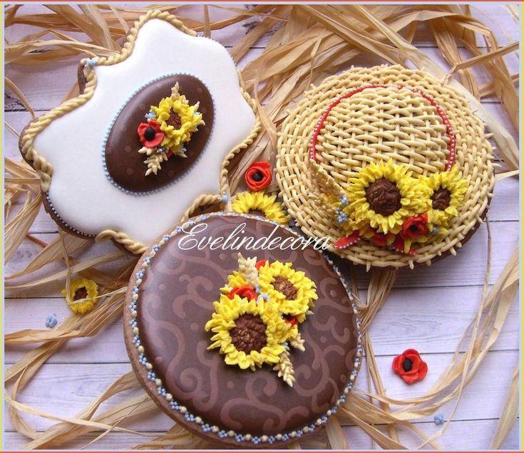 Biscotti estivi decorati con ghiaccia reale - Evelindecora - Summer cookies on Cookie Connection