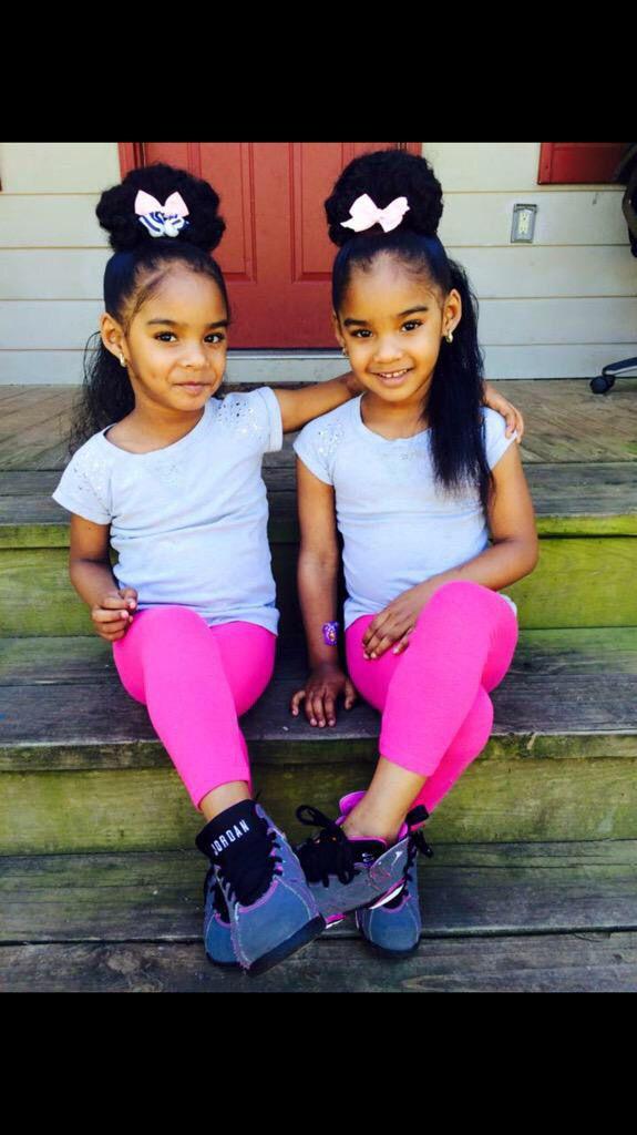 Raleigh and Brooklyn . My girls ☺️