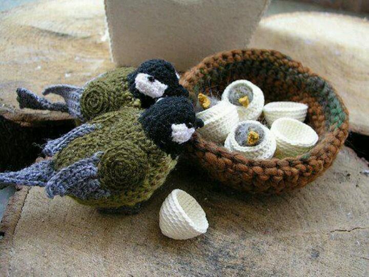 Crochet birds and nest. Cute!
