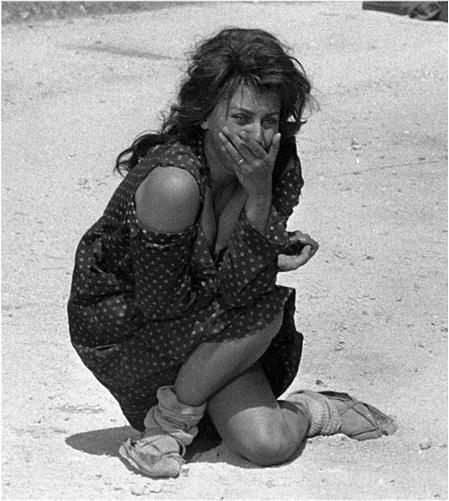 La Ciociara (Vittorio De Sica, 1960).  I saw this film when I was too young to see it, :(.