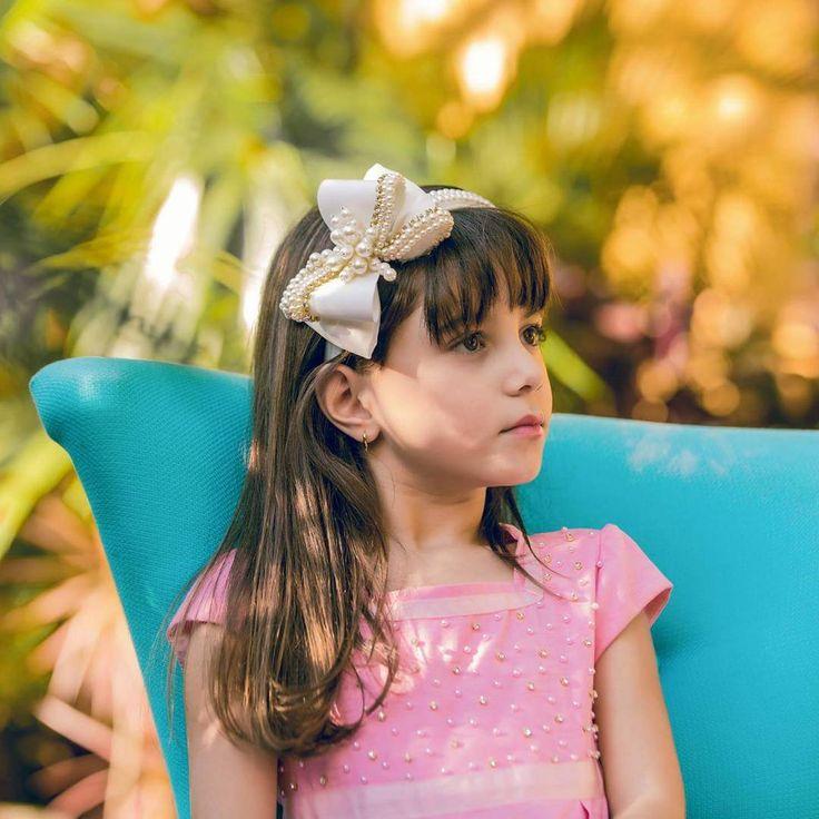 Tiara linda Drilú Acessórios, nossos produtos são especiais, são bordados a mão e feitos com muito carinho. ☺