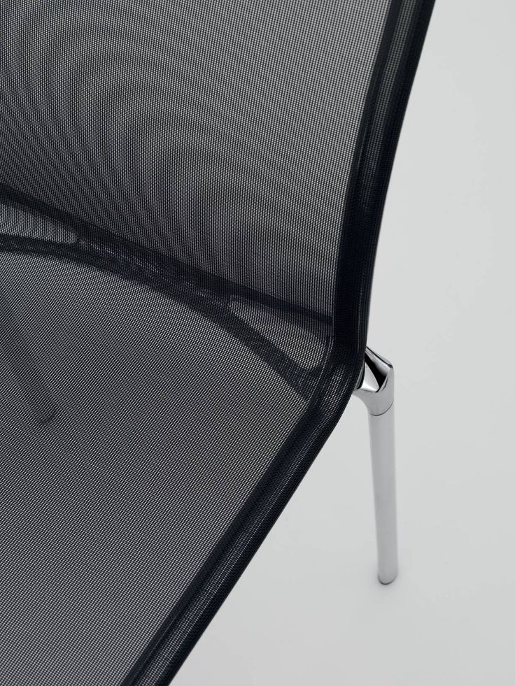 a detail of bigframe chair by Alberto Meda
