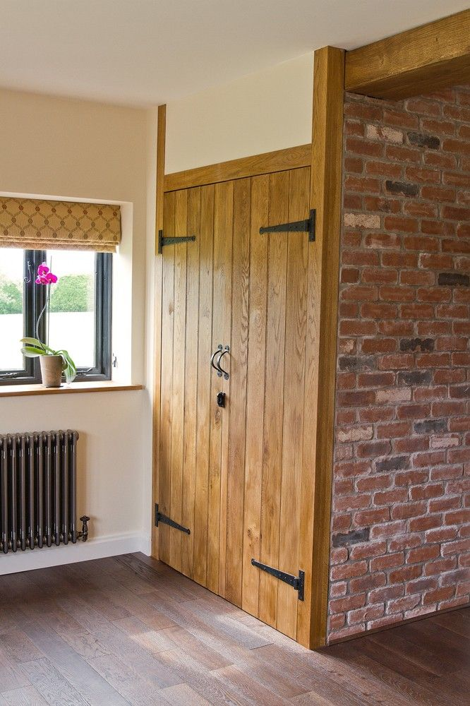 Ledge With Optional Braces Ledge With Optional Braces Solid Oak Door