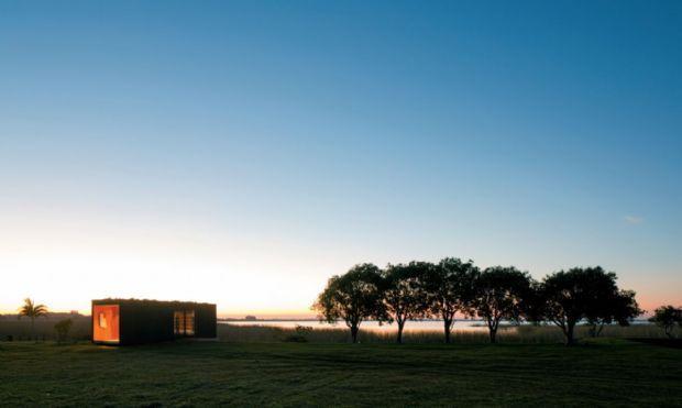 Arquitetos do Studio Paralelo + Maam criam um módulo habitável de dez toneladas que pode ser instalado em qualquer espaço | aU - Arquitetura...