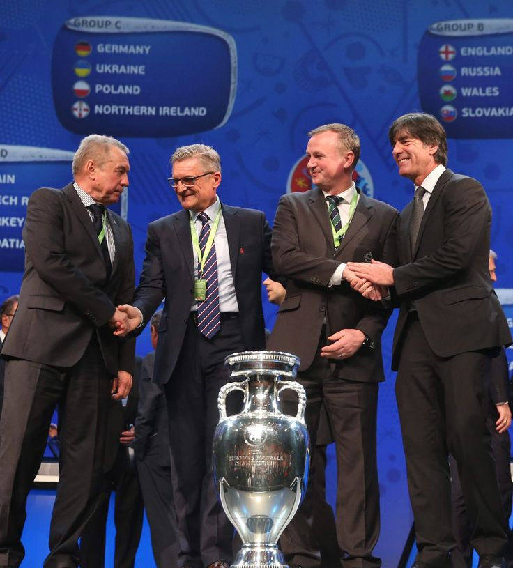 """Nawałka jest spokojny. """"Niemcy? Dobrze nam się z nimi grało"""". http://sport.tvn24.pl/pilka-nozna,105/nawalka-jest-spokojny-niemcy-dobrze-nam-sie-z-nimi-gralo,602484.html"""