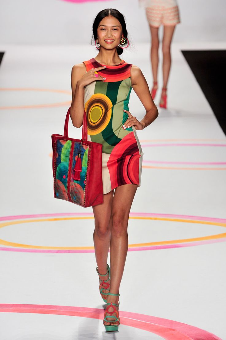 Fun And Color To The Desigual Fashion Show