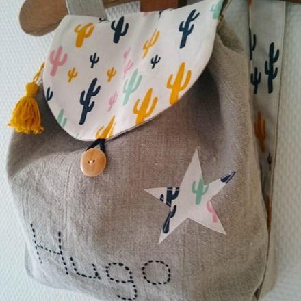 Joli petit sac à dos en lin naturel et coton beige motifs cactus noir,jaune rose…