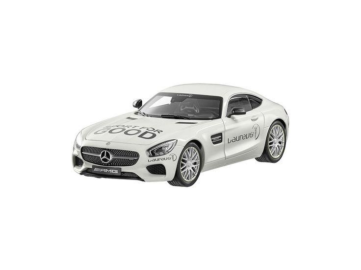 Mercedes-Benz AMG GT S C 190 Měřítko 1:18 Výrobce: Norev Designo diamond…