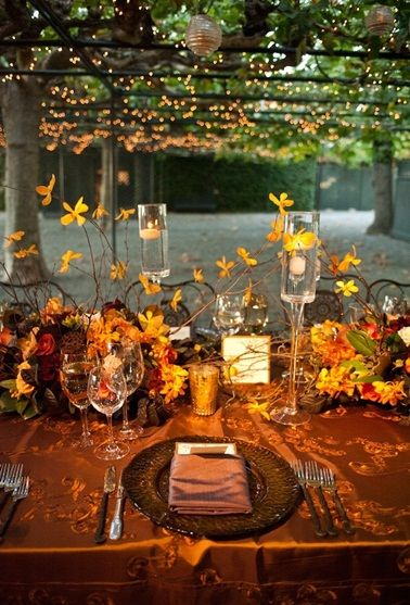 Fall wedding table idea wedding ideas for brides for Autumn wedding decoration ideas