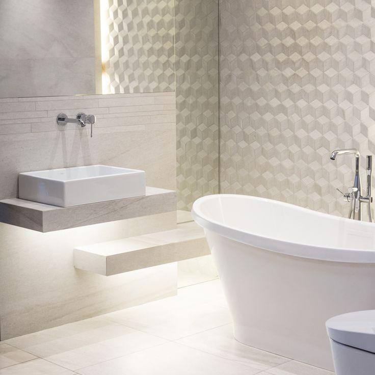 #Viverto #inspiracjeViverto #łazienka #bathroom #tiles #płytki #kolory #inspiracja #inspiracje #pomysł #idea #perfect #beautiful #nice #cool #wnętrze #design #wnętrza #wystrójwnętrz #łazienki #pięknie #ściana #wall #light #white #biel #wzory #mozaika #niebanalnie #3Dtiles #płytkistrukturalne #płytki3D #wanna #bateria #umywalka