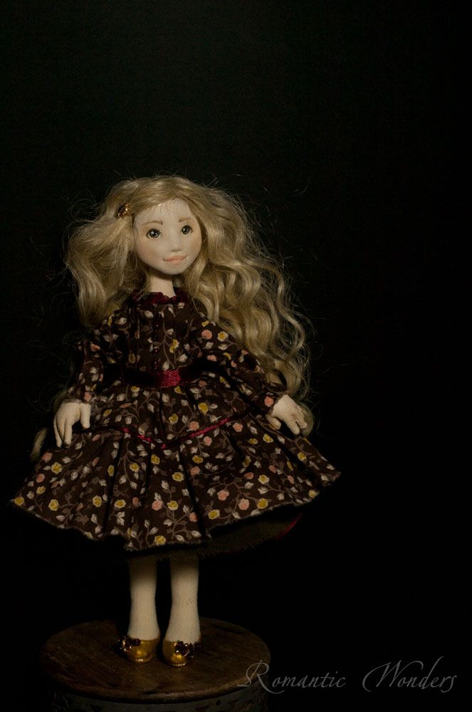 ''Linda'' by 'Romantic Wonders Dolls'