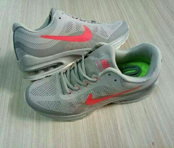 Yakin PECINTA Nike Airmax ga pengen punya motif terbarunya yg super keceee😁 Nyesel tanggung sendiri ya kak wkwkwk✌  Nike Airmax Transit Harga : 250.000,- Size : 36 - 41 Picture yang kami upload adalah hasil real picture ***Happy Shopping***  Fast Respons : LINE@ : http://line.me/ti/p/%40tokobelibeli Instagram : @tokobelibeli  #nikeairmax  #nikearimaxtransit #jualsepatu #gradeori  #readystokjakarta  #realpicture  #sepatumurah  #barangtidakmengecewakan  #hargakhususreseller