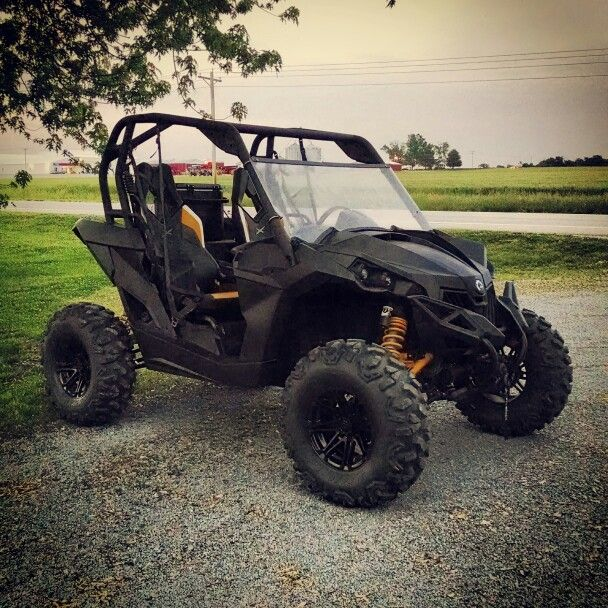 Can-am maverick plastidip utv side by side black and yellow | Side