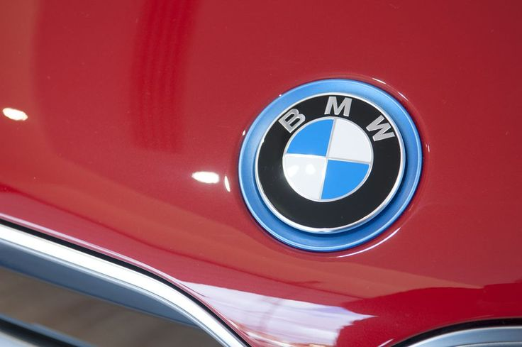 BMW invests in Desktop Metal to bring metal 3D printing to cars     - Roadshow  Enlarge Image  BMW is not the first German automaker to dabble in metal 3D printing but it could be the first to bring those parts to production vehicles.                                                       John Keeble/Getty Images                                                   3D printing has the chance to improve the auto industrys manufacturing efforts and as BMWs latest investment shows its not just…
