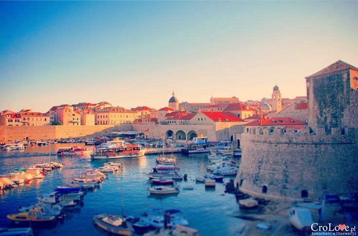 Stary port w Dubrowniku || http://crolove.pl/25-zdjec-ktore-sprawia-ze-zakochasz-sie-w-chorwacji/ || #Chorwacja #Croatia #Hrvatska #Kroatien #Photos