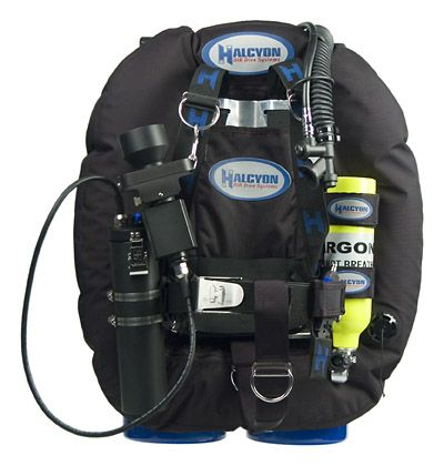 63 best images about dive gear on pinterest 200m helmets and stretchy material - Halcyon dive gear ...