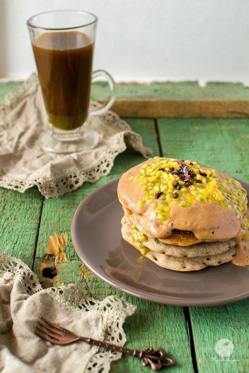 Wegańskie pancakes bananowe | flymetothespoon