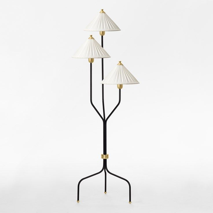Floor Lamp 2599 - Brass, Black, Josef Frank | Svenskt Tenn